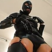 Latex Facesitting
