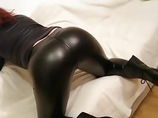 Latex Leggins booty