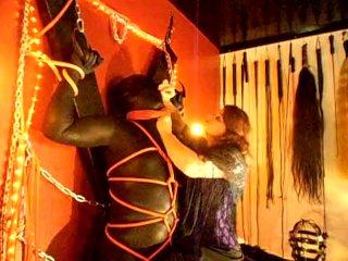 Lady Kane & slave (nr 2)